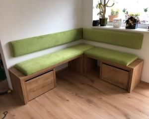 Kotna zelena klop 5