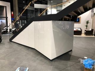 Motonautika stopnišče z omaro 03