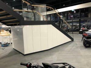 Motonautika stopnišče z omaro 05
