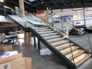 Motonautika stopnišče z omaro 13