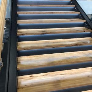 Motonautika stopnišče z omaro 23