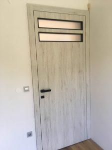 Namestnik svetla vrata