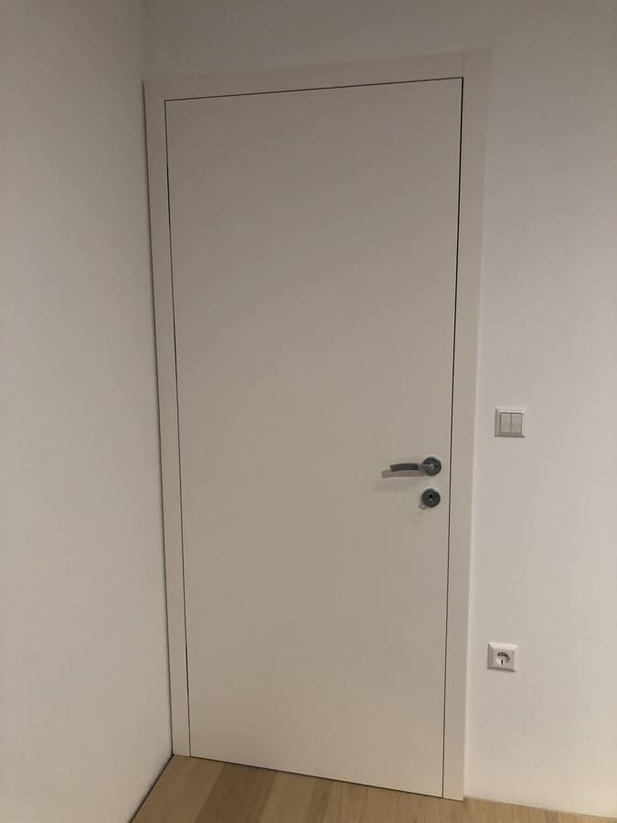 Namestnik vrata notranja bela